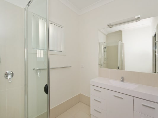 $220, Flatshare, 2 rooms, Old Cleveland Road, Carina QLD 4152, Old Cleveland Road, Carina QLD 4152