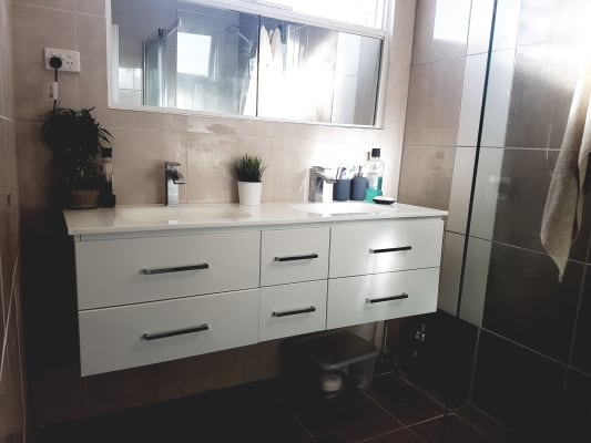 $220, Flatshare, 2 bathrooms, Malvern Road, Toorak VIC 3142