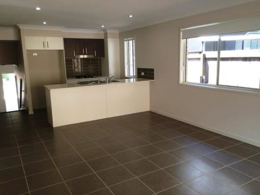 $180, Share-house, 4 bathrooms, Long Street, Cleveland QLD 4163