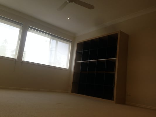 $220, Share-house, 5 bathrooms, Chatswood Road, Daisy Hill QLD 4127