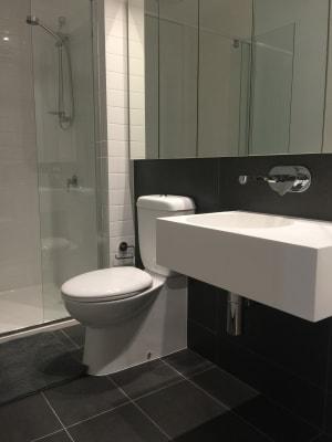 $175, Flatshare, 2 bathrooms, Rose Lane, Melbourne VIC 3000