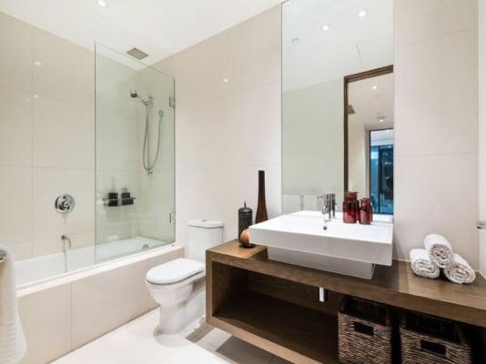 $500, Flatshare, 2 bathrooms, Pollington Street, Saint Kilda VIC 3182