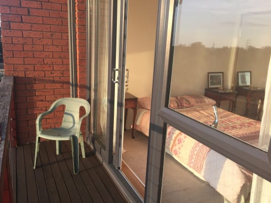 $380, Whole-property, 2 bathrooms, Leinster Grove, Northcote VIC 3070