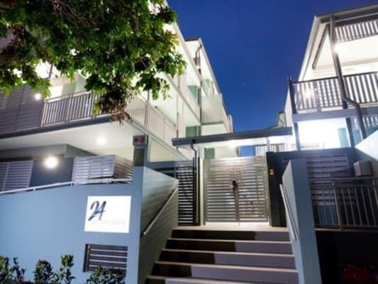 $300, Flatshare, 2 bathrooms, Welsby Street, New Farm QLD 4005