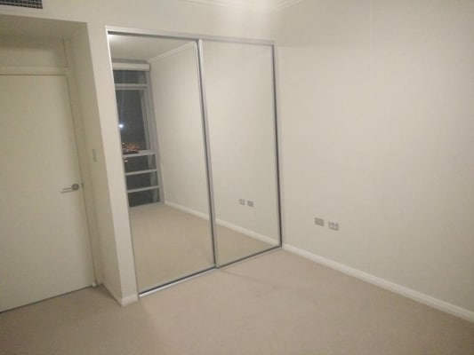 $350, Flatshare, 2 bathrooms, Pacific Highway, Saint Leonards NSW 2065