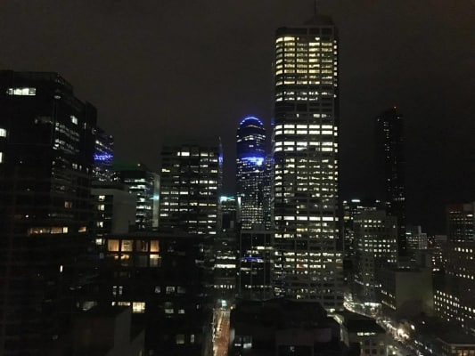 $300, Flatshare, 2 bathrooms, Little Lonsdale Street, Melbourne VIC 3000