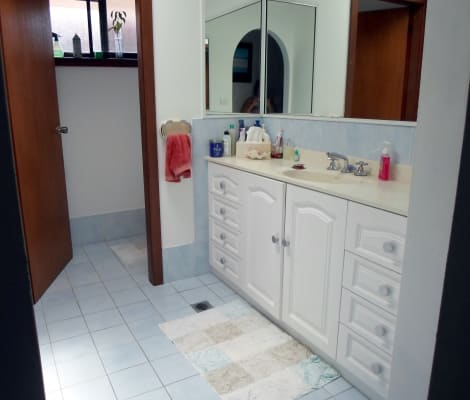 $220, Share-house, 3 bathrooms, Flora Parade, Tuncurry NSW 2428
