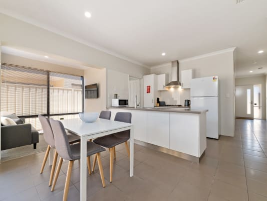 $175, Share-house, 4 bathrooms, George Street, Queens Park WA 6107