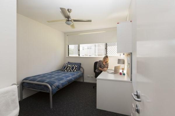 $199, Flatshare, 5 bathrooms, South Street, Murdoch WA 6150