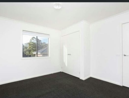 $145, Share-house, 3 bathrooms, Park View Road, Drouin VIC 3818