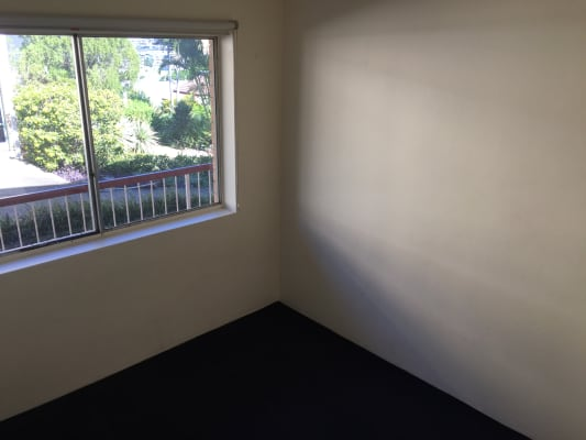 $170, Flatshare, 2 bathrooms, Wambool Street, Bulimba QLD 4171