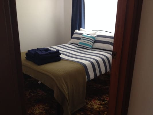 $270, Whole-property, 3 bathrooms, Lawrence Avenue, Cowes VIC 3922