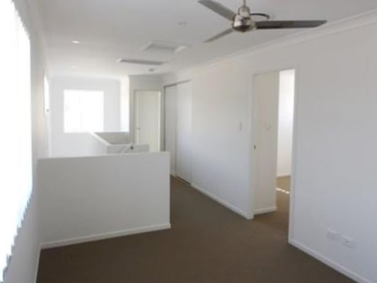 $160, Share-house, 3 rooms, Wollombi Avenue, Ormeau Hills QLD 4208, Wollombi Avenue, Ormeau Hills QLD 4208