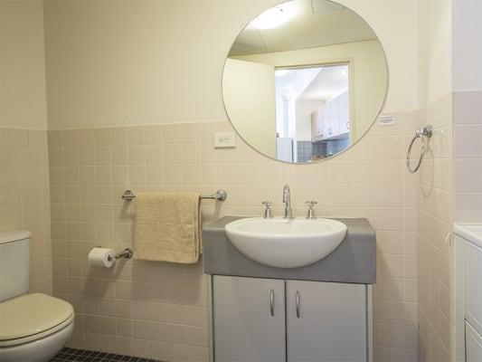$175, Flatshare, 2 bathrooms, Foster Street, Surry Hills NSW 2010