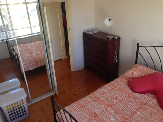 $151, Flatshare, 3 bathrooms, Glen Huntly Road, Elwood VIC 3184