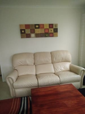 $300, Share-house, 2 bathrooms, Lee Place, Illawong NSW 2234