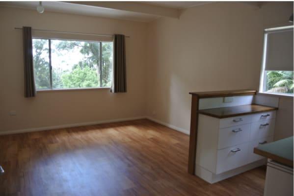 $275, 1-bed, 1 bathroom, Matcham Road, Erina Heights NSW 2260
