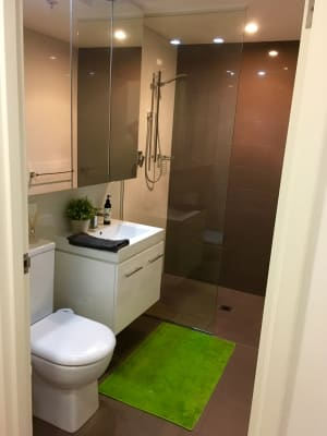 $435, Flatshare, 2 bathrooms, Goulburn Street, Surry Hills NSW 2010