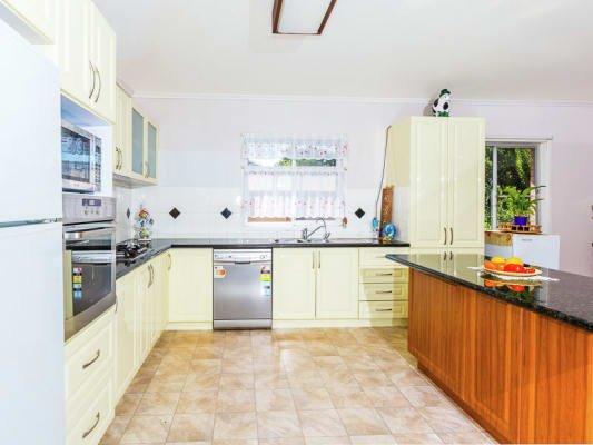$135, Share-house, 5 bathrooms, Mott Crescent, Rockville QLD 4350