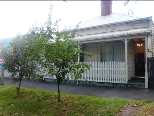 $220, Whole-property, 3 bathrooms, Montague Street, South Melbourne VIC 3205