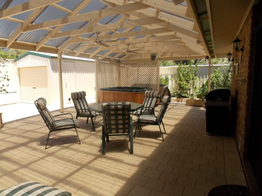 $200, Share-house, 4 bathrooms, Roberts Crescent, Hope Valley SA 5090