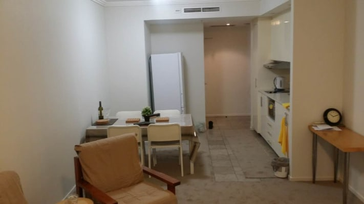 $300, Flatshare, 2 bathrooms, Dixon Street, Sydney NSW 2000