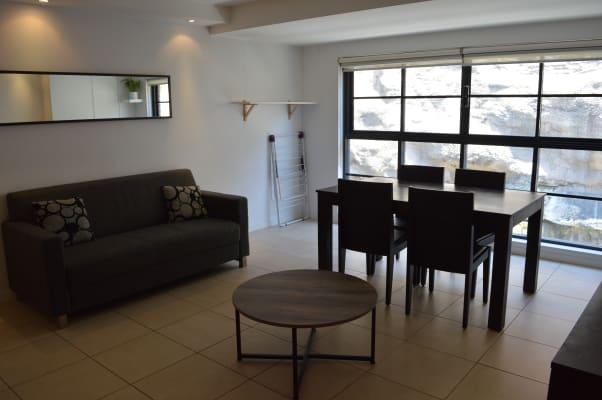 $1,250, Flatshare, 2 bathrooms, Wentworth Park Road, Glebe NSW 2037