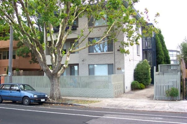 $175, Flatshare, 2 bathrooms, Saint Kilda Street, Elwood VIC 3184