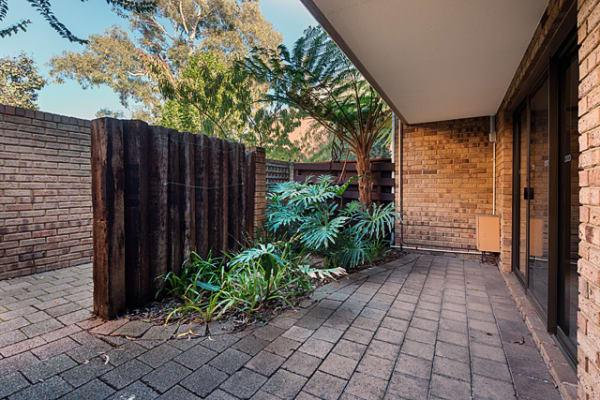 $560, Whole-property, 3 bathrooms, Salvado Road, Wembley WA 6014