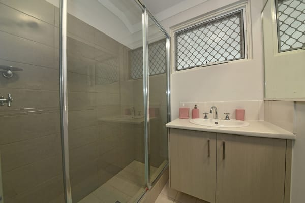 $110, Student-accommodation, 1 bathroom, Deverell Way, Bentley WA 6102