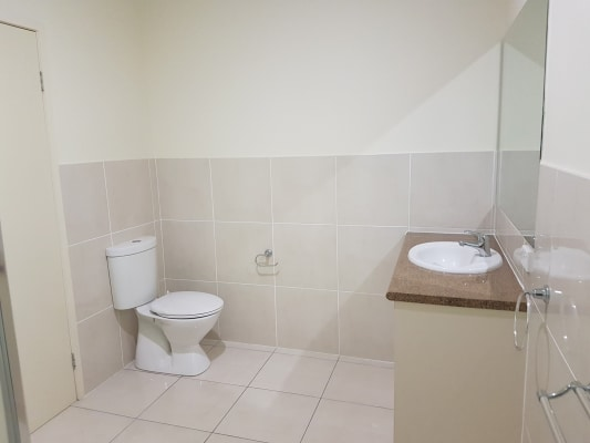 $180, Share-house, 5 bathrooms, Colorado Drive, Springfield Lakes QLD 4300