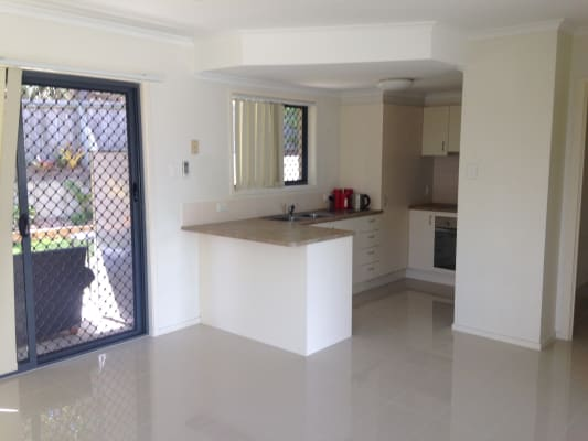 $180, Share-house, 3 bathrooms, Sumners Road, Riverhills QLD 4074
