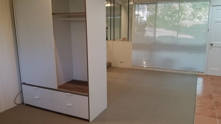 $250, Studio, 1 bathroom, Nambucca Place, Padstow Heights NSW 2211