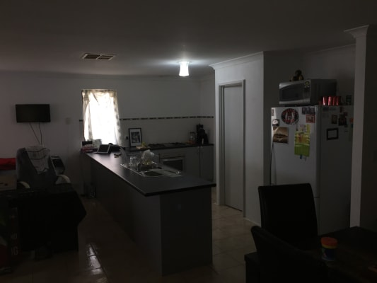 $150, Share-house, 4 bathrooms, Warburton Trail, Lakelands WA 6180