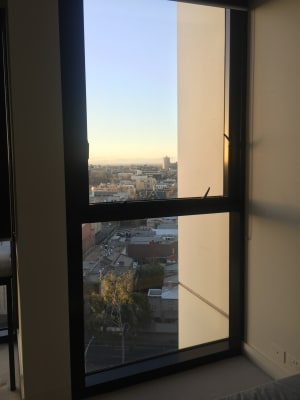 $340, Flatshare, 2 bathrooms, MacKenzie Street, Melbourne VIC 3000
