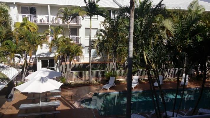 $150, Flatshare, 2 bathrooms, Palm Avenue, Surfers Paradise QLD 4217
