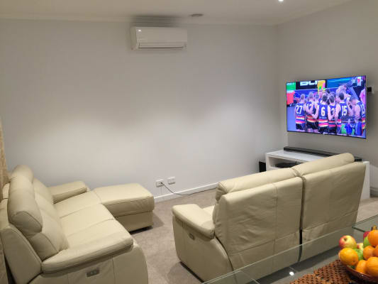 $180, Share-house, 3 bathrooms, Valley Street, Oakleigh South VIC 3167