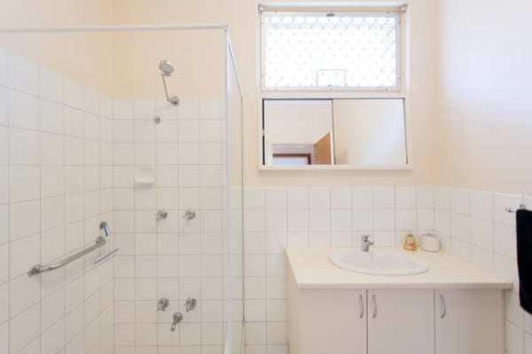 $250, Share-house, 3 bathrooms, Marine Parade, Cottesloe WA 6011