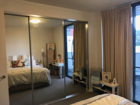 $245, Flatshare, 2 bathrooms, Wentworth Avenue, Kingston ACT 2604