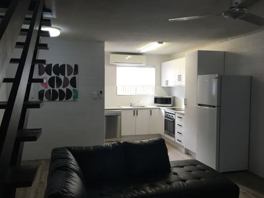 $300, Whole-property, 2 bathrooms, Porter Street, Mackay QLD 4740