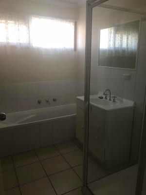 $100, Share-house, 3 bathrooms, Howe Street, Mooroopna VIC 3629