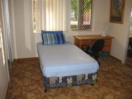 $180, Share-house, 4 bathrooms, Cambridge Street, Red Hill QLD 4059