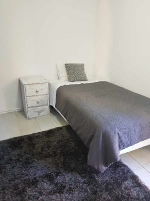$250, Share-house, 5 bathrooms, High Street, Northcote VIC 3070