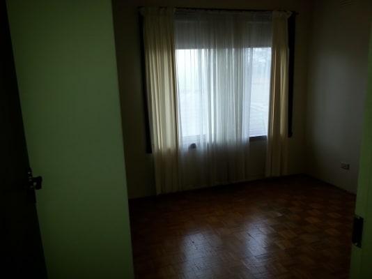 $133, Flatshare, 2 bathrooms, Davies Street, Mentone VIC 3194