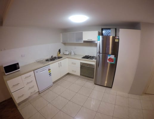 $210, Flatshare, 3 bathrooms, Pine Street, Chippendale NSW 2008