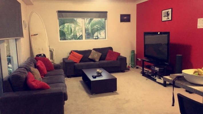 $200, Flatshare, 3 bathrooms, Redondo Avenue, Miami QLD 4220