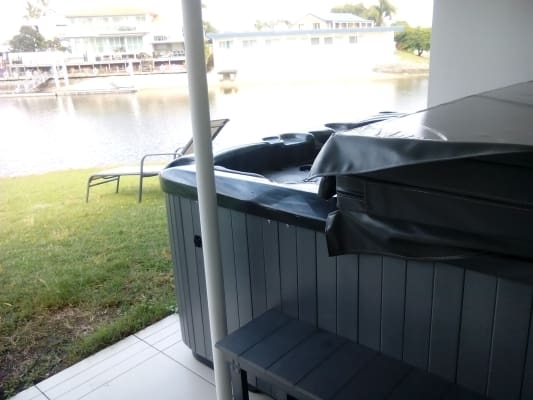 $180, Share-house, 4 bathrooms, Havana Key, Broadbeach Waters QLD 4218