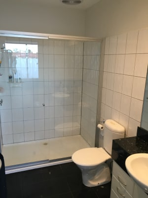 $305, Share-house, 3 bathrooms, Albert Place, Richmond VIC 3121