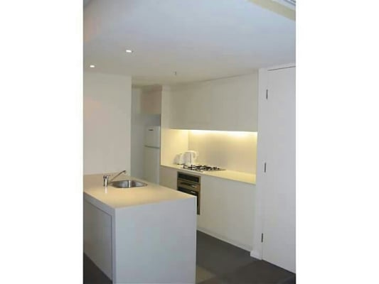 $185, Flatshare, 2 bathrooms, Shelley Street, Sydney NSW 2000