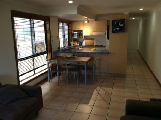 $150, Flatshare, 4 bathrooms, Stevens Street, Southport QLD 4215